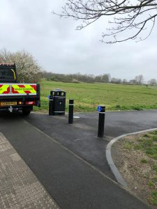 litter bins added by rbg council