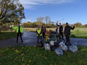 litter pick woolwich common
